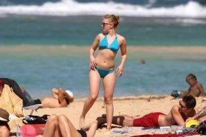 Scarlette-Johansson-bikini-pictures-2020